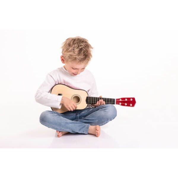 παιδική ξύλινη κιθάρα