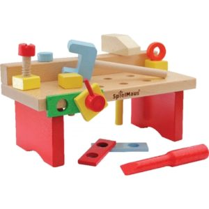 Ξύλινος πάγκος με εργαλεία