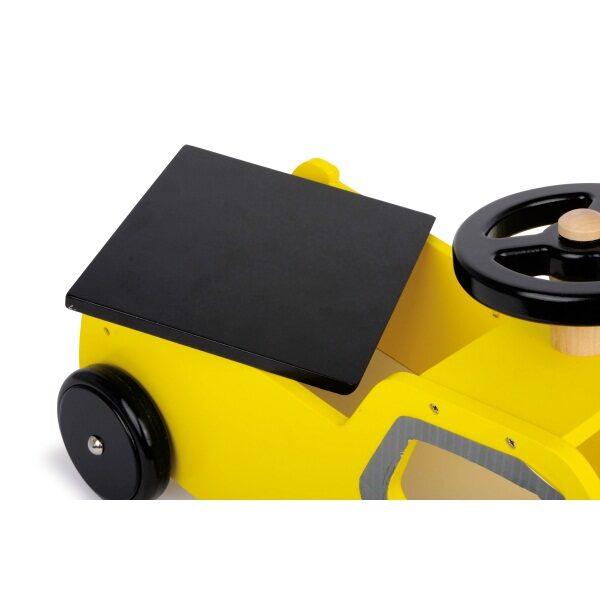 Κίτρινο ξύλινο αυτοκίνητο